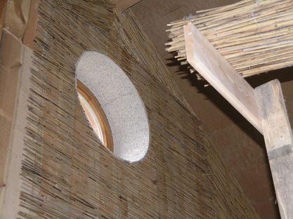 Holzwolleplatten in den Fensterlaibungen