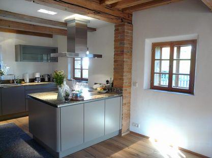 Wandheizung und Lehmputz in der Küche