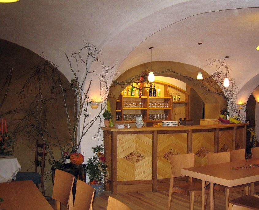 Lehmputz in Gasthaus mit historischem Vollziegelgewölbe