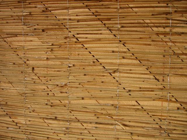 Schilfstuckatur auf sägerauer Holzschalung